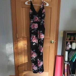 Pants - Floral jumpsuit! 🌸